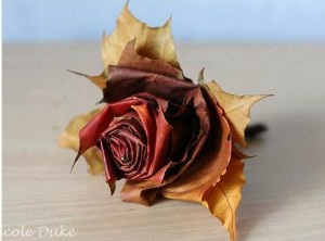 DIY Fall Leaf Roses Decoration Tutorial