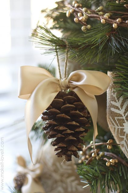 DIY Pine Cone ornament