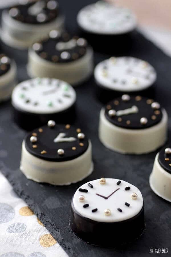 Oreo Cookie Clocks for New Years
