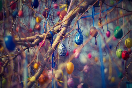 Easter Decoration Tree