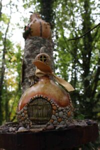 Crafty DIY Fairy Houses