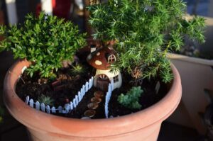 DIY planter fairy houses