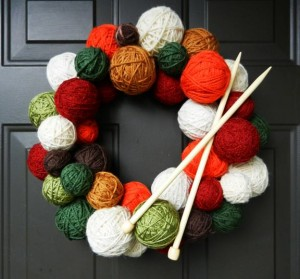 DIY Knitting Lovers Wreath