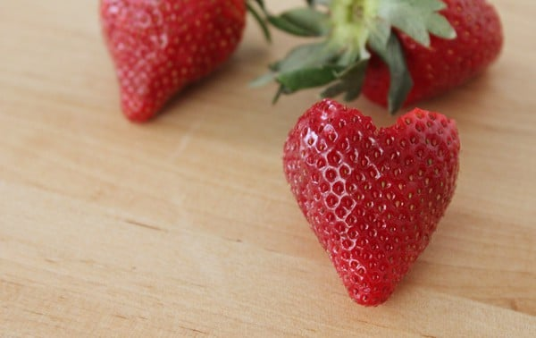 DIY Heart Shaped Strawberries