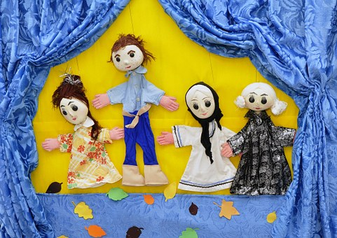 Puppet Show for a Rainy Day Activity